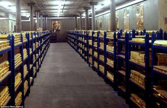 gold-bank-of-england-2.jpg