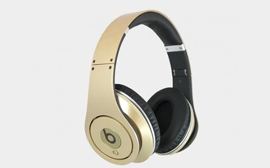 gold-beats-3.jpg