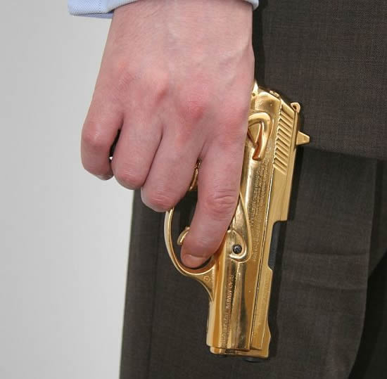 gold-plated-gun-3.jpg