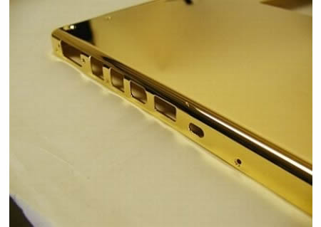 gold-plated-macbook-pro3.jpg