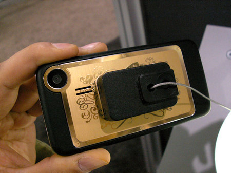 gold_playboy_phone_3.jpg
