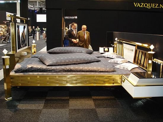 golden_bed_4.jpg