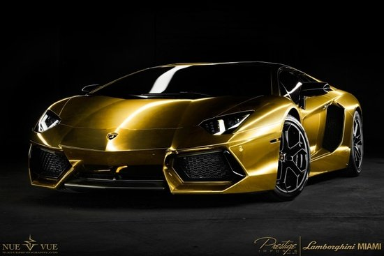 good-gold-aventador-edition-2.jpg