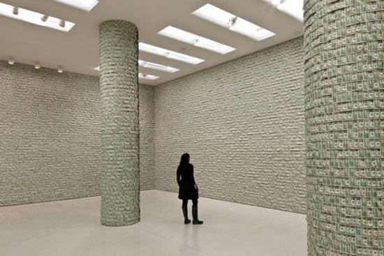 hans-peter-feldmann-100000-exhibition3.jpg