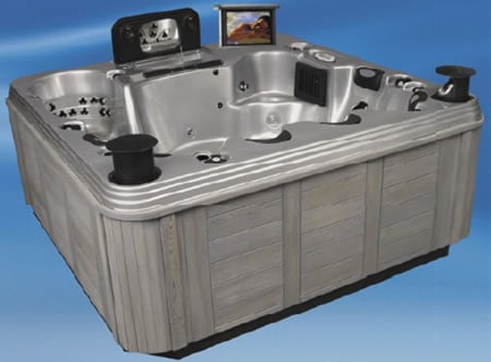 home_theater_hot_tub_3.jpg