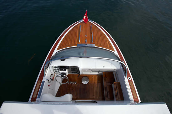 hull-413-6.jpg