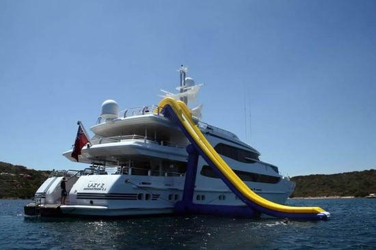 inflatable-yacht-6.jpg