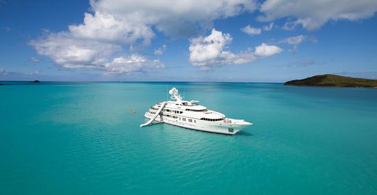 inflatable-yacht-8.jpg