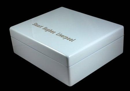 ipod_SUPREME_montage-box.jpg