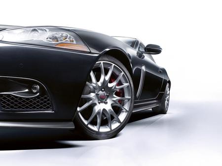 jaguar_XKR-S_4.jpg