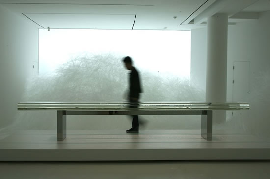 largest-glass-table-3.jpg