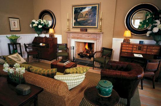 lodge-interior-1.jpg