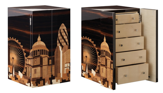 A jewelry box depicting London skyline is up for grabs