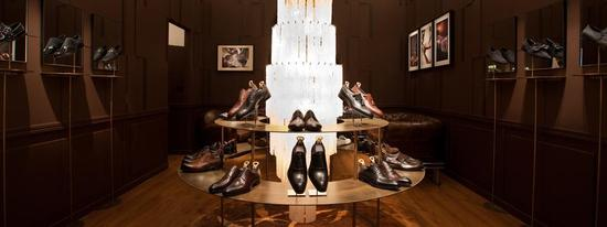 louis-vuitton-shoe-store-dubai-2.jpg