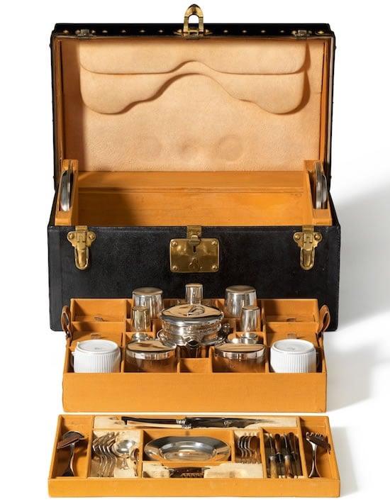 lv-taipei-101-maison-tea-trunk-2.jpg