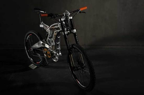 m55-creates-diamond-and-gold-encrusted-e-bikes_5.jpg