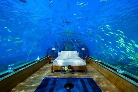 maldives-undersea-restaurant2.jpg