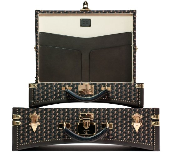 Moynat's new women's collection is stunning