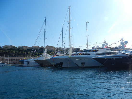 monaco-yacht-2.JPG