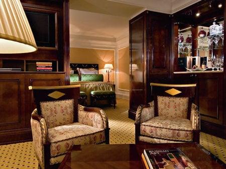 mosca_lusso_hotel2.jpg