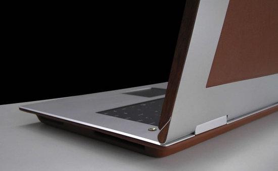 munk-bogballe-bespoke-luxury-laptop-2.jpg