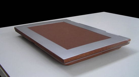 munk-bogballe-bespoke-luxury-laptop-3.jpg