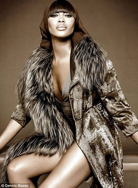 naomi_campbell_in_sable_coat4.jpg