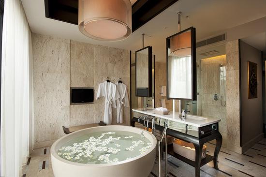 oceanview-pool-villa-bathroom.jpg