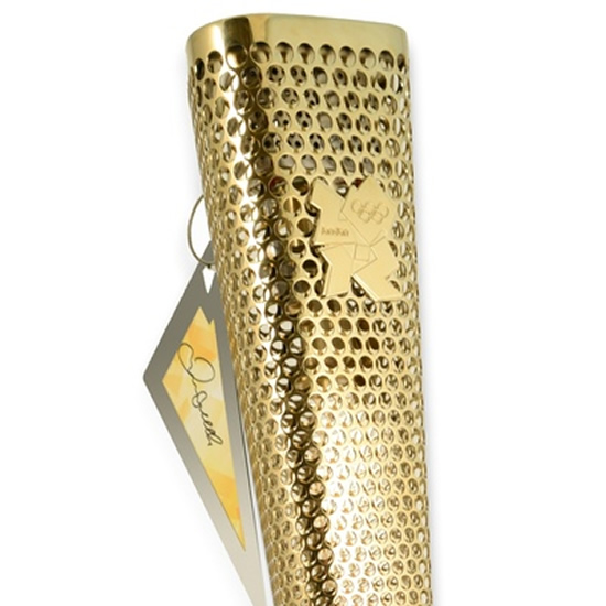 olympics-auction-usain-bolt-david-beckham-3.jpg