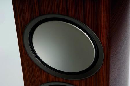 p-39f_speakers_3.jpg