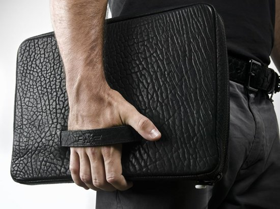 Parabellum unveils the bullet proof Kevlar Laptop Case