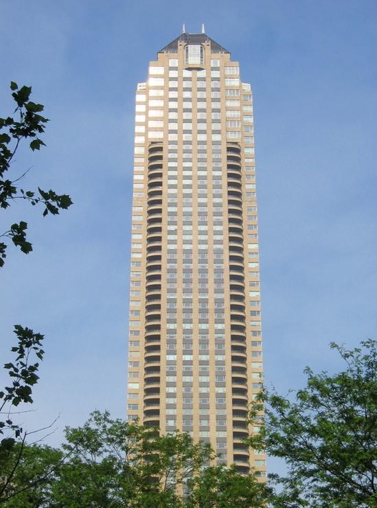 park-tower-chicago-1.jpg