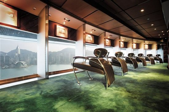 peninsula-hong-kong-clipper-lounge.jpg
