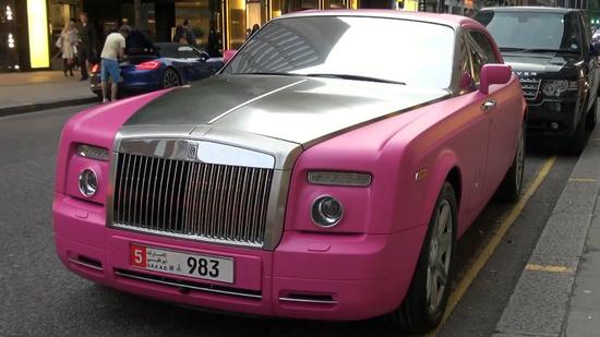 pink-barbie-rolls-royce-3.jpg