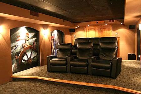 pirate-theater-seats2.jpg