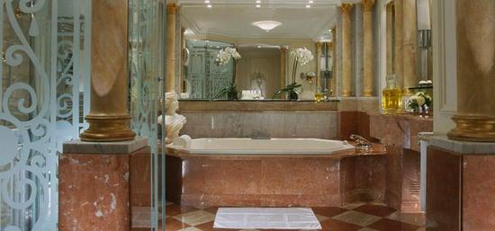 plaza-athenee-royal-suite-2.jpg