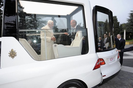 popemobile-1.jpg