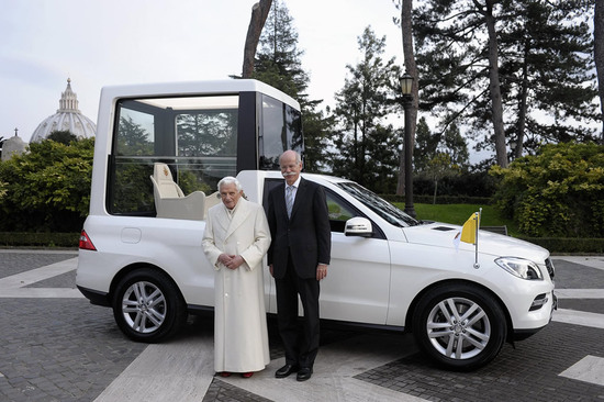 popemobile-3.jpg