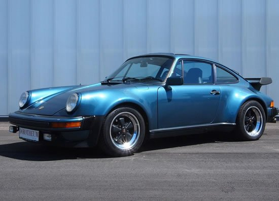 Bill Gates owned Porsche Turbo to go under the hammer