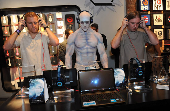 prometheus-beats-by-dre-1.jpg