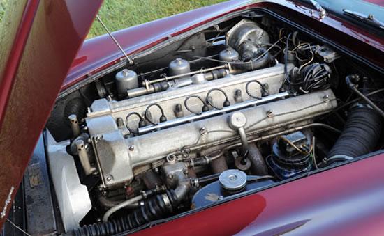 rare-1961-Aston-Martin-DB4-Vantage-Convertible4.jpg