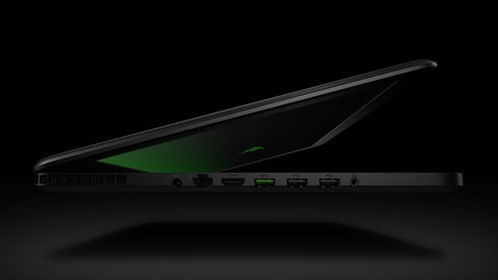 razer_blade_gaming_laptop_3.jpg