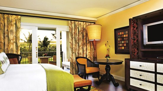 ritz-carlton-guest-room.jpg