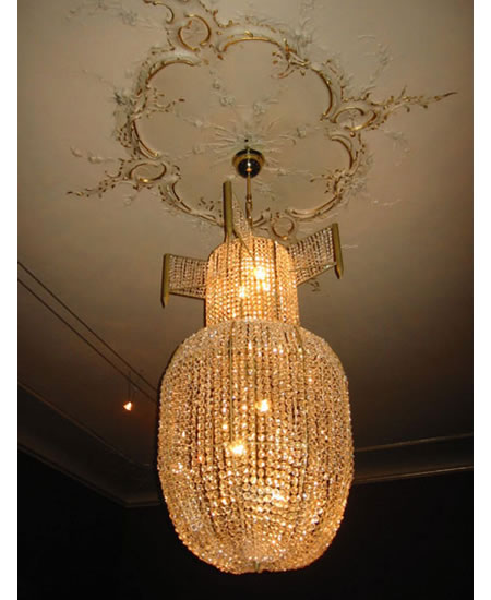 rock-royal-chandeliers_3.jpg