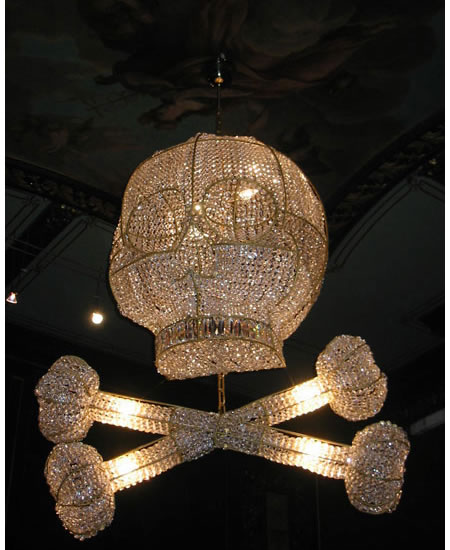 rock-royal-chandeliers_4.jpg