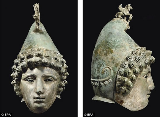 roman-mask-style-helmet2.jpg