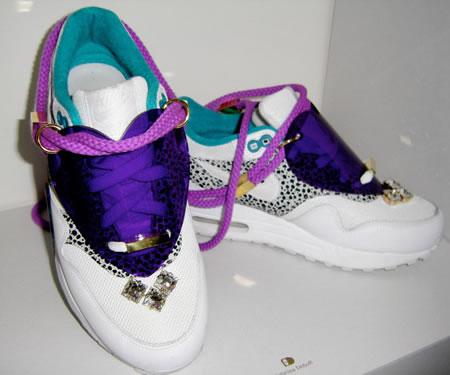 sabrina-dehoff-sneaker-jewelry-3.jpg