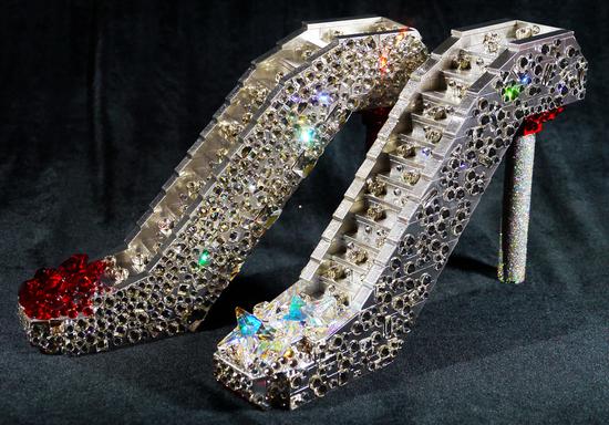 silver-heels-1.jpg