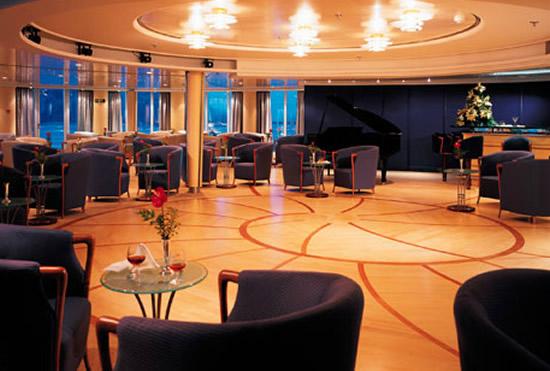 silver-whisper-panorama-lounge.jpg
