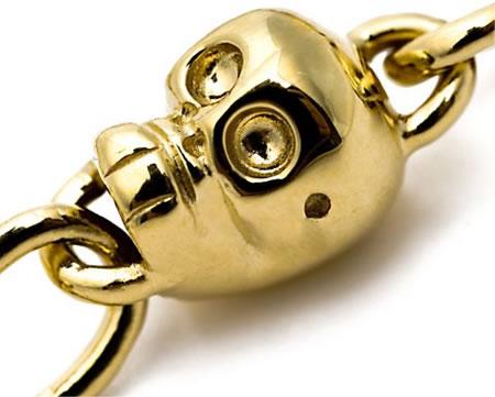 skull_necklace_2.jpg